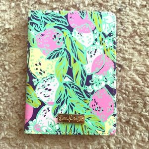 EEUC Lilly Pulitzer Passport Cover